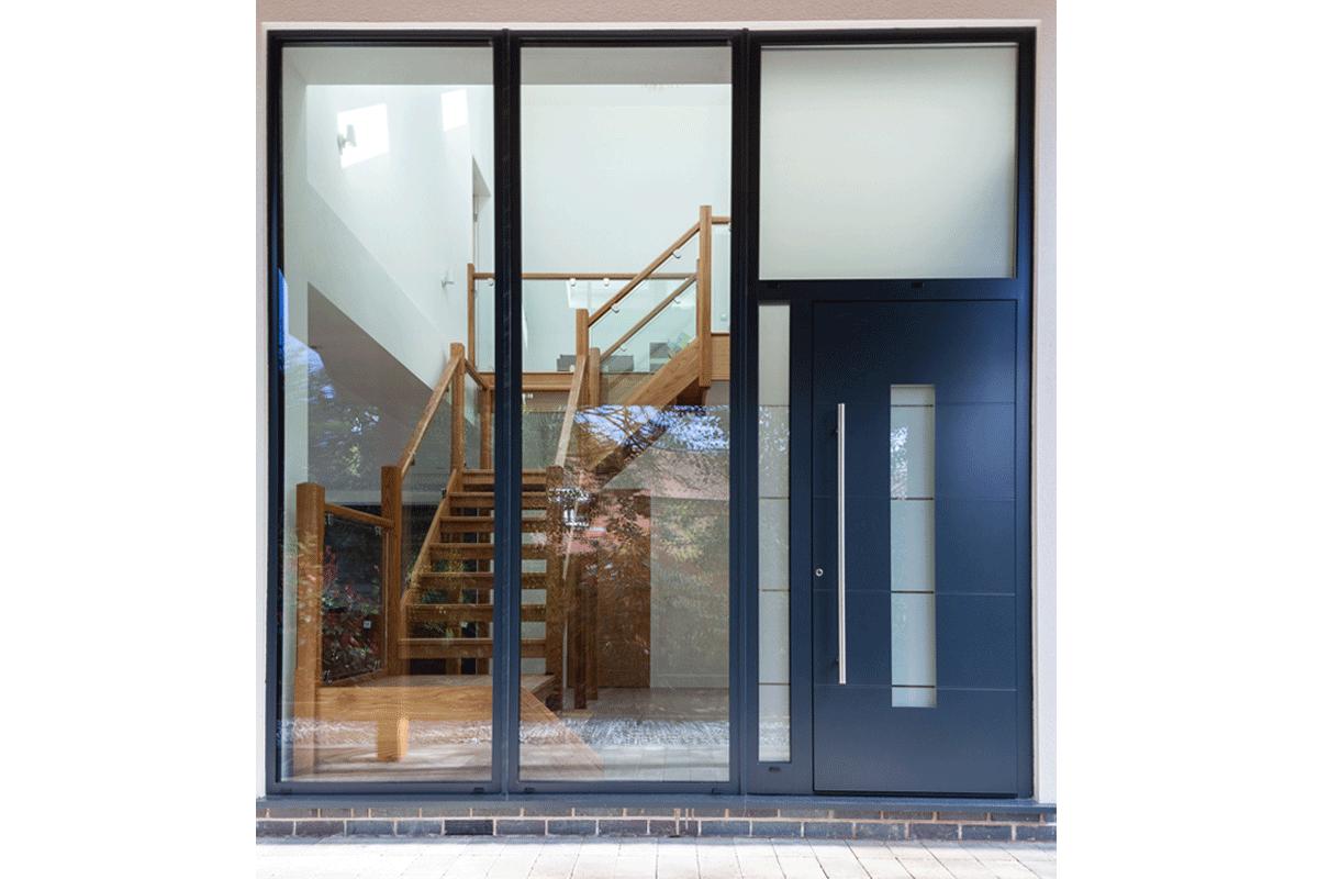 Aluminium entrance door 5