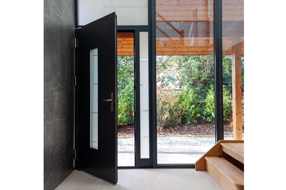 Aluminium entrance door 7